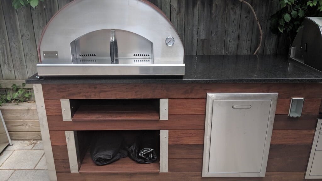 Outdoor Kitchen With Pizza Oven | My Outdoor Kitchen